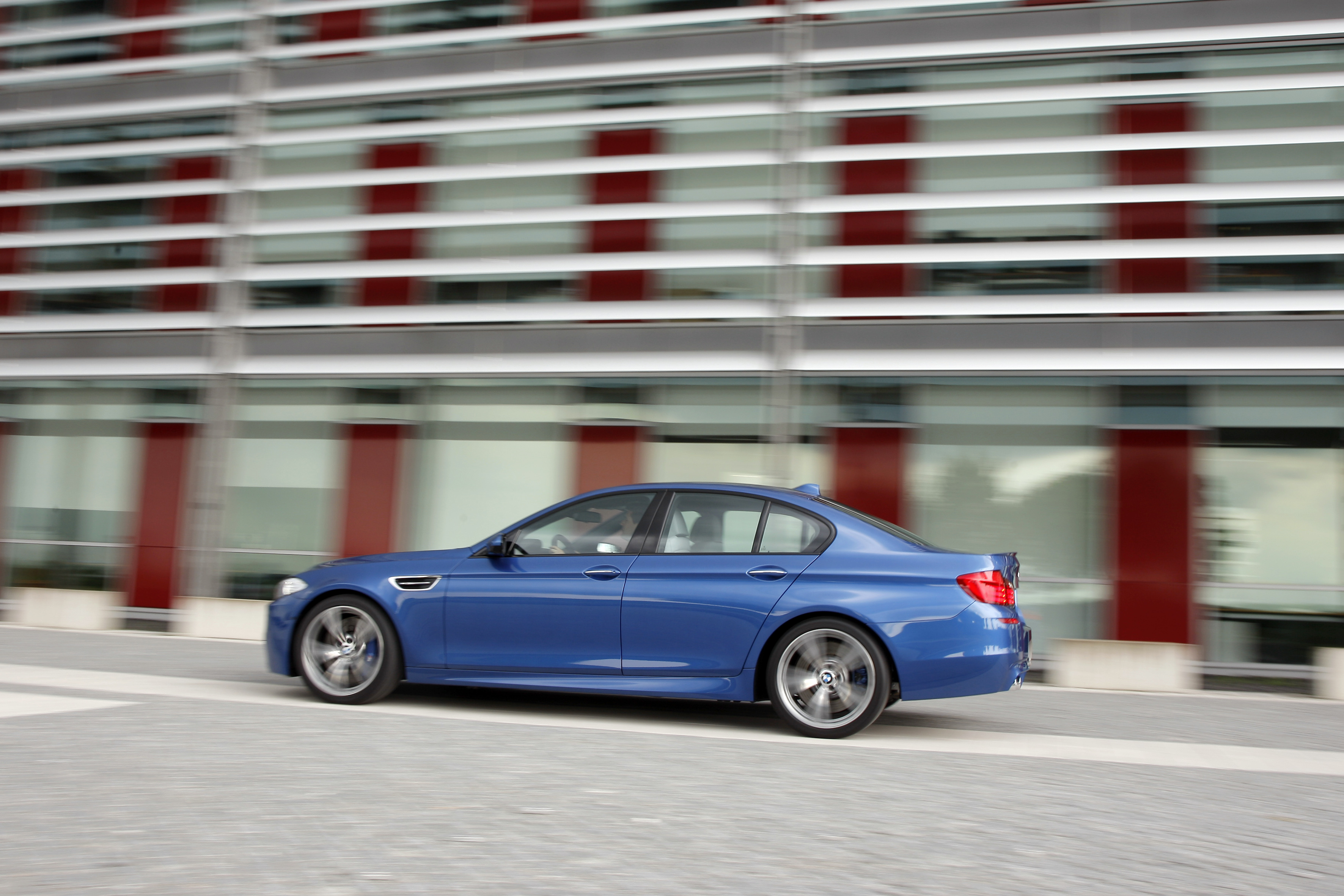 OFFICIAL BMW M5 Production pics high resolution!-p90078429.jpg