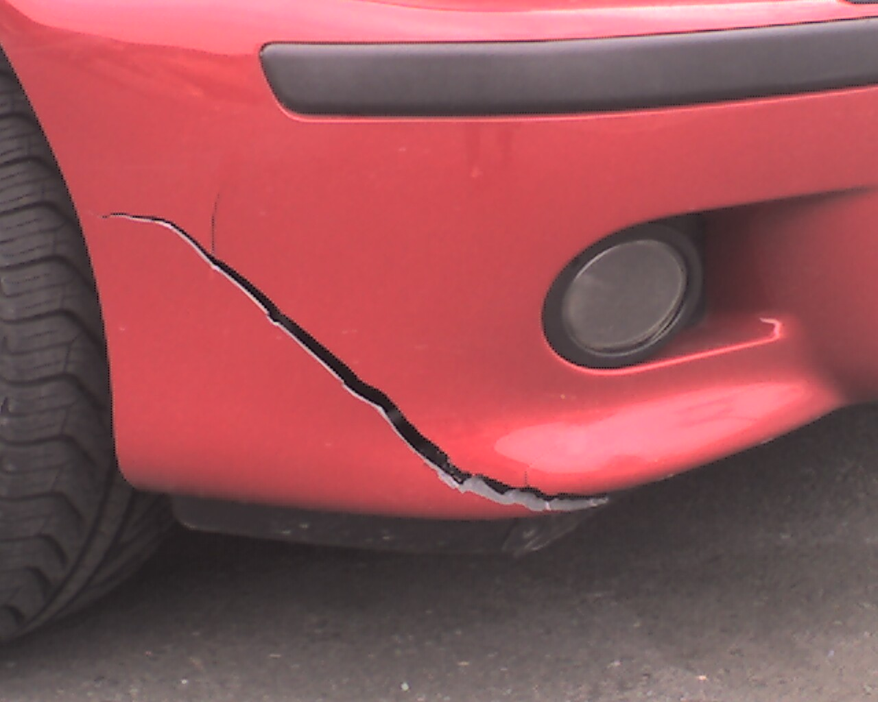 Cracked Bumper Bmw M5 Forum And M6 Forums