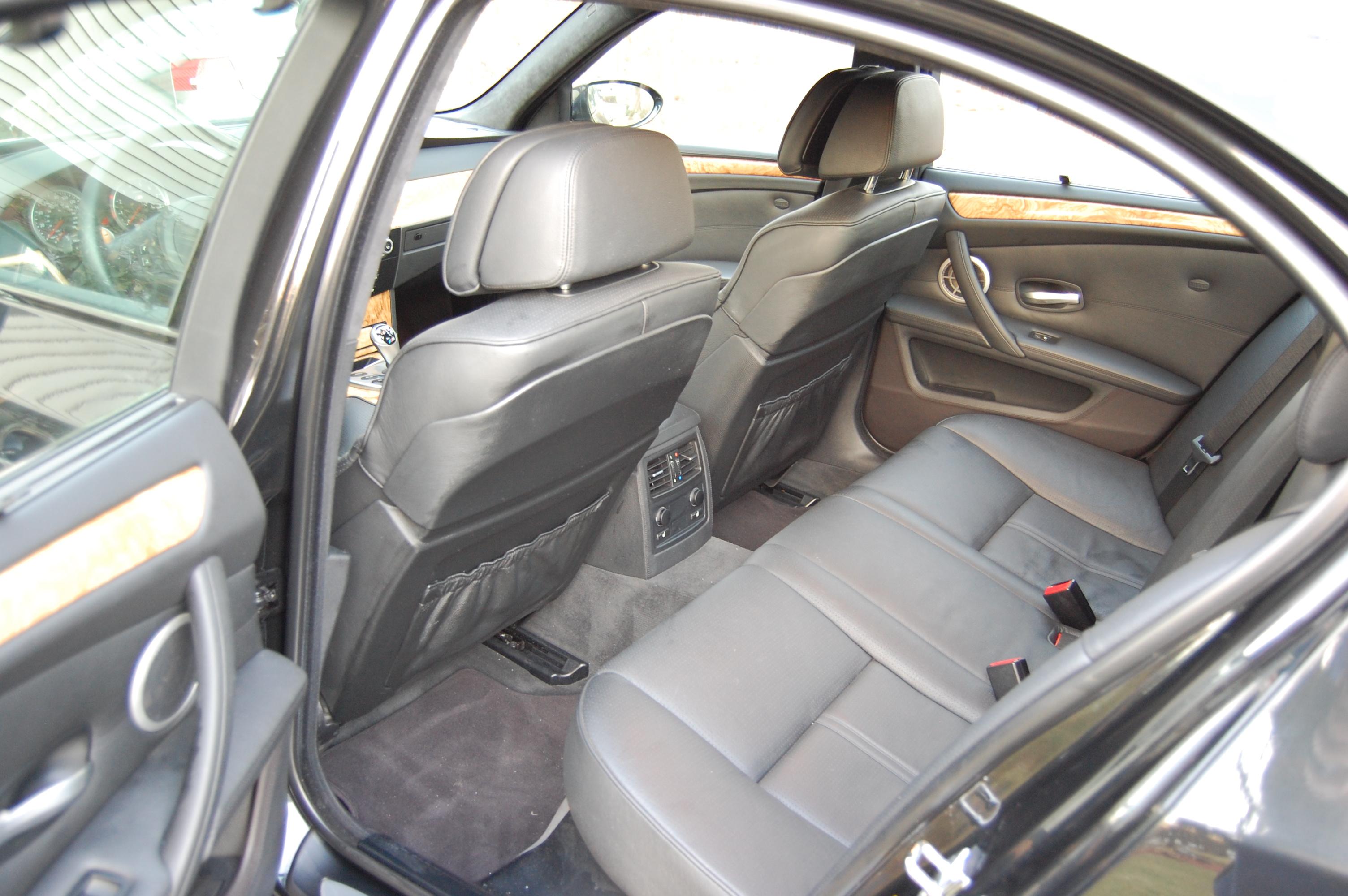 Member 335xi BMW M5 2008