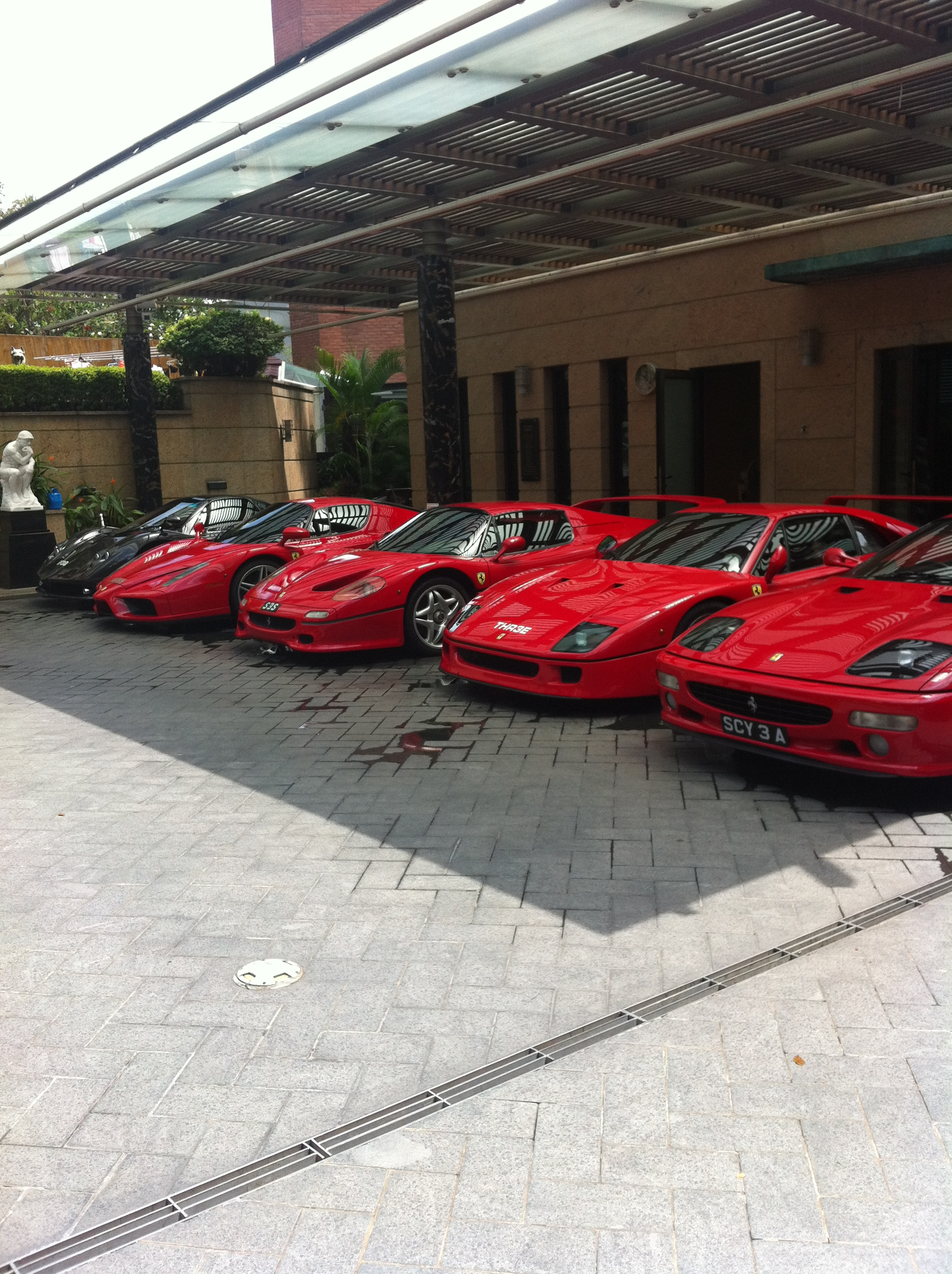 Nice car collection in Singapore!-singapore-cars.jpg