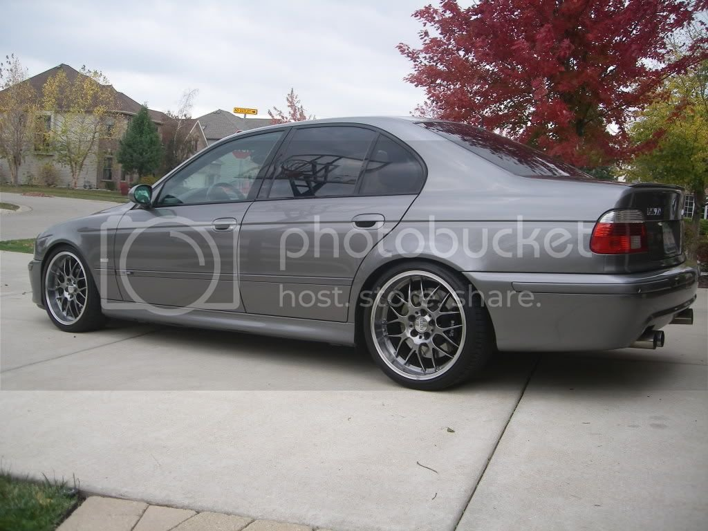 PIC REQUEST: Anthracite M5 With Aftermarket Wheels!   BMW M5