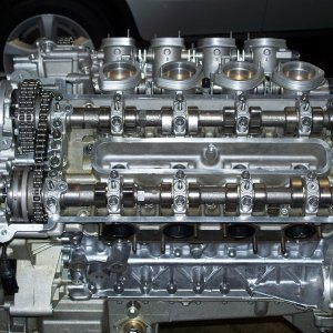 View of left cylinder head (bank 5-8) on S62 engine