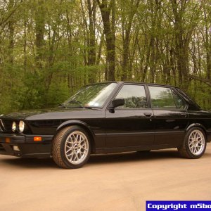 '88 M5 from the front.