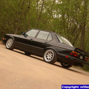 '88 M5 from the rear.